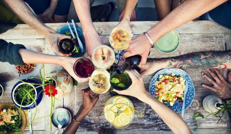 Eneagramma un maltītes ārpus mājām